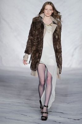 Молодежное пальто сезона 2011 - Модные